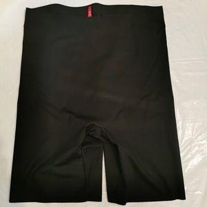 Spanx Black Thin Mid Thigh Shape Wear